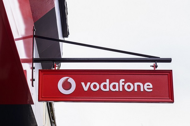 Vodafone, m-payments, Paypal